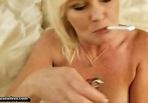 Ms Paris and Her Amateur Theater &quot_Smoking Sex&quot_