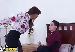BANGBROS - Juan El Caballo Gone off the deep end Fucks His Step Mummy Syren De Mer