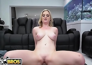 BANGBROS - Busty Newbie Kara Lee Fucks Derrick Ferrari Exceeding Big Gut In the air Booties