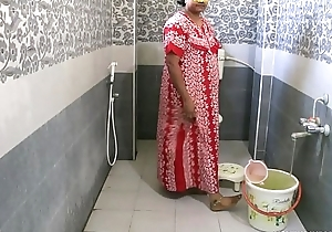 Erotic Hot Indian Bhabhi Dipinitta Taking Shower After Rough Sex