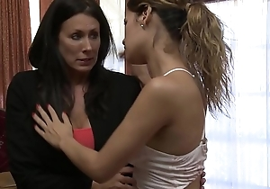 Vanessa Veracruz loves mature unladylike feat. Reagan Foxx