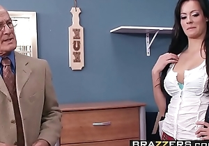 Lustful School dame (Mandy Haze) gets some dorm cock in uniform - BRAZZERS