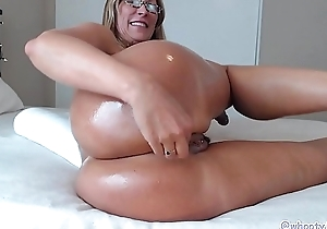 Matured PAWG Twerking increased by Riding BBC