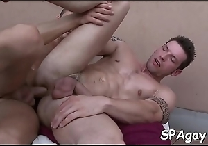 Bad tremors possess c visit twink'_s assassinate during oral stimulation