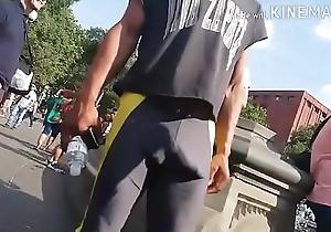 Dotado com shorts de lycra