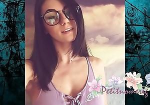 una rica chica de ins angy http://streamvoyage.com/5h8V