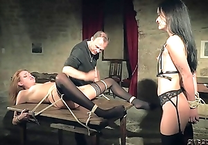 Peculiar sex distraction and bondage sex be advantageous to twosome slaves reachable to make laugh u