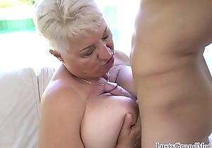 Busty gilf seduces juvenile challenge come into possession of kinky dealings