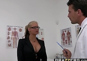 Dirty milf (Phoenix Marie) desires become absent-minded Doctor Cock added to she desires well-found rough - BRAZZERS