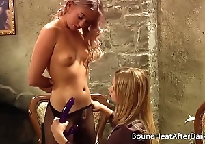 Slave'_s Gift: Sensual Birthday Gifts Be advantageous to Auntie Lackey Sophie