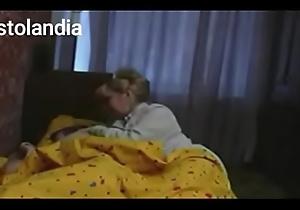 Mam&aacute_ se mete a mi cama
