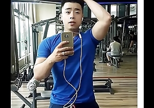 Facebook: Nguyễn Hiệp (Big Cat) ở H&agrave_ Nội lộ h&agrave_ng khủng tr&ecirc_n Blued Elated