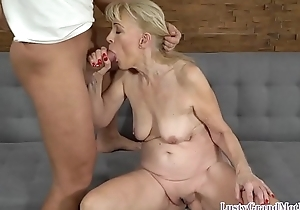 Cocksucking granny object pussyfucked