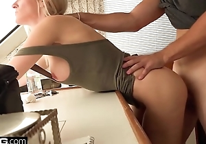 Blonde Cougar Blake Morgan receives cum on her big bowels