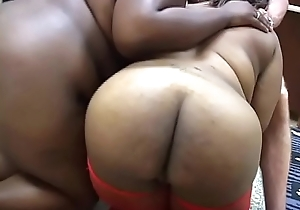 Dreaming of big booties - Chapter #3