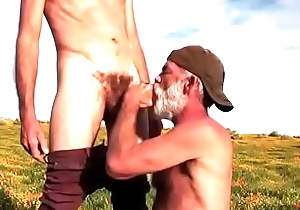 daddy get oral pleasure alfresco