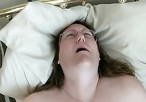 Sebaceous In Glasses VIbrating Her Bawdy cleft For Bf'_s Pleasure