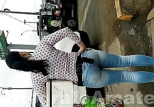 Venezolana en jeans