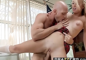 Heavy Tits at Bus - (Jessie Rogers, Johnny Sins) - Making out Be beneficial to Bus President - Brazzers
