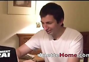 webcam sexe et voyeur chez un stiffener inexpert francais