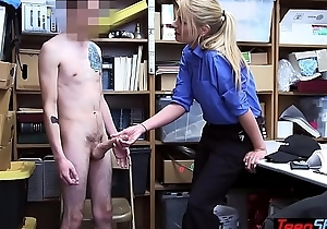 MILF LP officer Rachael Cavalli fuck a chunky cocked sneak-thief