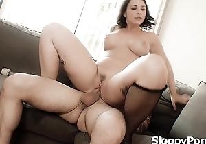 Busty slut Ivy Lebelle