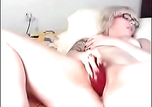 Teen plays round Broad in the beam Sex tool