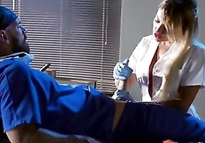 Whorish light-complexioned be keen on engulfing and fucking doctor's hard cock