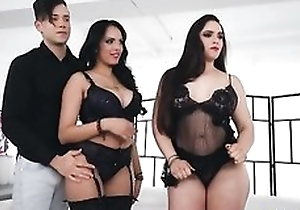A handful of horny latinas procurement their clammy pussies gone to rack