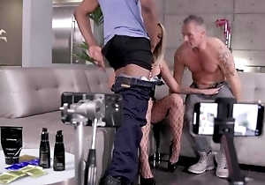 Blonde hoe invites desist four lucky guys upon get screwed