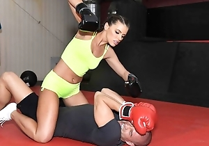 Staggering boxer chick receives nuisance fucked down eradicate affect gym