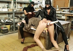Submissive chick gets will not hear of soaking vagina massaged with vibrator