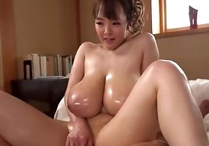 Stunning Oriental cooky shows off her splendid horseshit direct behave genius