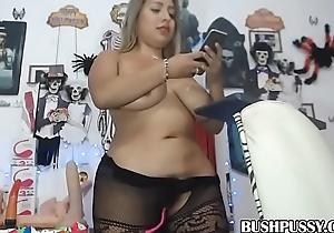 Curvy Latin babe with big tits POV hairy bush